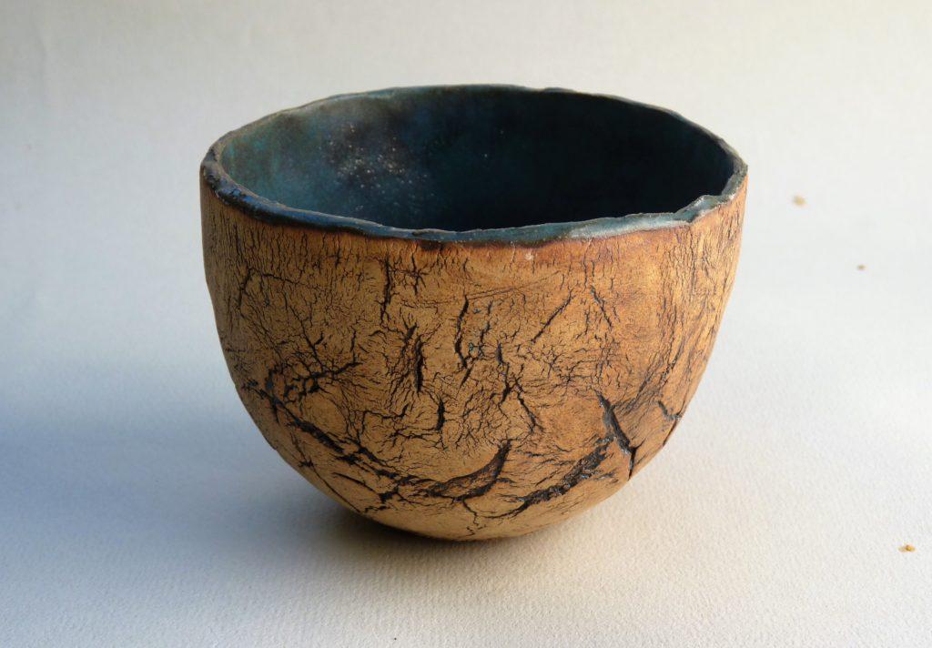 Grès roux craquelé, intérieur émaillé turquoise mat -  7,5 x 10,5 cm